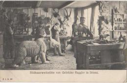 CPA SUISSE BE BRIENZ Bildhauerwerkstätte Von Gebrüder Huggler Travail Du Bois Sculptureurs - BE Berne
