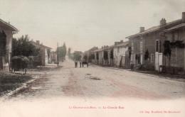 Cpa  51  La Grange-aux-bois..la Grande Rue Animee - France