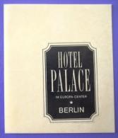 HOTEL MOTEL PENSION PALACE BERLIN GERMANY DEUTSCHLAND TAG DECAL STICKER LUGGAGE LABEL ETIQUETTE AUFKLEBER BERLIN - Hotel Labels