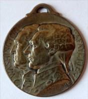 Médaille Journée De Paris 1917 - Gaston Lavrillier : Washington / Lafayette - 4 Juillet 1776 / 14 Juillet 1789   (1025) - Altri