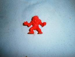 ANCIENNE FIGURINE MONOCHROME  MEG NBR  N 15 - Figurines