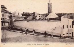 cpa ORAN, la mosqu�e du Pacha, cavaliers, promeneurs    (44.78)
