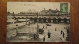 CPA  105 LE MANS  - La Gare - Animée /2510 - Le Mans