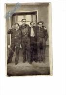carte photo - groupe jeunes hommes / gar�ons - blousons b�ret
