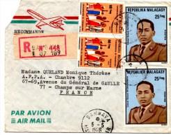 Lettre recomand�e de Sambava via Ivato Aeroport (05.05.1976) pour Champs sur Marne