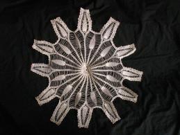 Grand Centre De Table Napperon Crochet Rond - Creative Hobbies