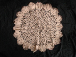 Grand Centre De Table Napperon Crochet Rond - Other