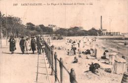 44 SAINT NAZAIRE LA PLAGE ET LE BOULEVARD DE L'OCEAN - Saint Nazaire