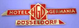 HOTEL PENSION HAUS GERMANIA RED DUSSELDORF GERMANY DEUTSCHLAND DECAL STICKER LUGGAGE LABEL ETIQUETTE AUFKLEBER BERLIN