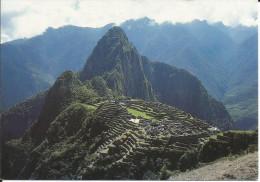 CPM PERU Machu Picchu - Cusco - site du P�rou - ville sacr�e des Incas - timbres otorongo - jaguar