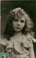 Ref C717- Enfants - Portrait De Fillette - Theme Fillettes  - Carte Bon Etat - - Portraits