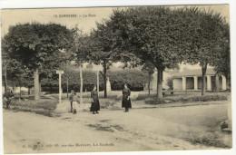 DOMPIERRE. - La Place. Carte Rare - France