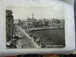 BARI LUNGO MARE NAZARIO SAURO  ANIMATA - Bari