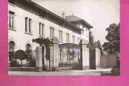 REMIREMONT  -  ** COLLEGE DE JEUNES FILLES 1914 **  -  Editeur : LA CIGOGNE   - N°33021 N Ou (88.383.72) - Remiremont