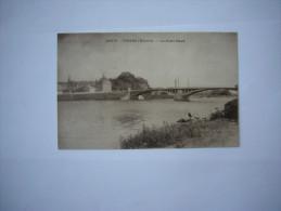 Nièvre (58)   Decize :  Le Pont Neuf - Decize
