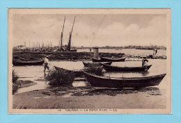 VALRAS - Le PETIT PORT + Pêcheurs - France