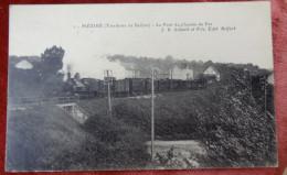Territoire De Belfort Meziré   Le Pont De Chemin De Fer Avec Train - Other Municipalities