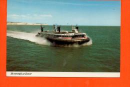 Hovercraft At Dover - Seaspeed Hovercraft Super-4 - Bateaux