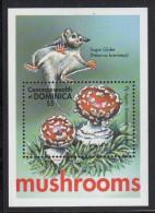 Dominica MNH Scott #2307 Souvenir Sheet $5 Fly Agaric - Mushrooms - Dominique (1978-...)