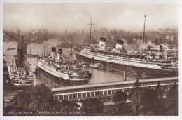 Genova    Transatlantici In Porto      Passagiersschepen   Stoomboten    Prachtige Kaart             Scan 8777 - Paquebote
