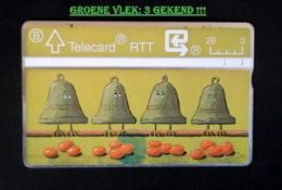 PASEN 1990. GROTE GROENE VLEK ONDER (!) DE EIEREN. 3 GEKEND! - Belgique
