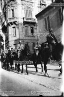 M26 - PARIS - Militaires à Cheval Pendant La Grève De 1918 - 2 Négatifs Photo - War, Military
