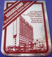 HOTEL HAUS PENSION PENTA DUSSELDORF GERMANY DEUTSCHLAND ALLEMAGNE MINI STICKER LUGGAGE LABEL ETIQUETTE AUFKLEBER BERLIN - Hotel Labels