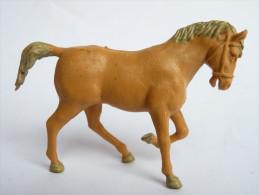 FIGURINE  BRITAINS - ANIMAUX ANIMAL DE LA FERME - CHEVAL Beige - Army