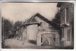LA ROCHE DES ARNAUDS 05 - La Bonne Auberge - CPSM Photo Noir Et Blanc PF Peu Fréquente - Hautes Alpes - France
