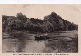 77 - CHAMPS SUR MARNE - LA MARNE - LE TROU DE CHAMPS - BARQUE - Other Municipalities