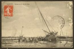 MARENNES Bateaux Sur Le Lieu De Pêche (Gouinaud) Charente Maritime (17) - Marennes