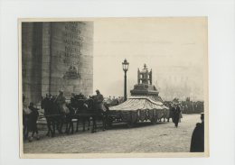 Cinquantenaire Republique Coeur De Gambetta Sous Arc De Triomphe Novembre 1920 Tire Par Chevaux Commemoration - Krieg, Militär