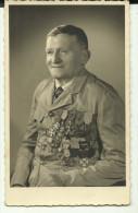 Photo Comme Carte Postale   Ancien Militaire Avec Tres Nombreuses  Medailles Militaire  Mr  Loubertin   A Bize - Guerre, Militaire