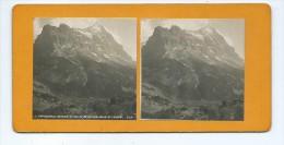 Vues Stéréoscopiques Photo Sur Carton - Grindelwald La Vallée De Grindelwald Et L´eiger - Photos Stéréoscopiques