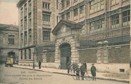 PARIS - Ecole Centrale Des Arts Et Manufacture - Entrée Des Elèves (animation) - Bildung, Schulen & Universitäten
