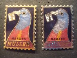 POSTE SUISSE . MARKEN MÜLLER . PIGEONS . 2 Pin's : OR Numéroté 428 / Argent (non Numéroté) - Postes