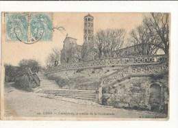 Uzès Cathédrale Et Entrée De La Promenade Cpa Bon état - Uzès