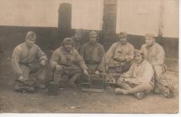 Groupe De Militaire Transmetteurs En Uniforme à L´entre Deux Guerres 1923 Avec Radios - Patriotiques