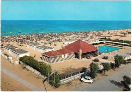 Cesenatico: FIAT 600, ALFA ROMEO GIULIA TI - Bagno Marconi & Piscina - Beach & Swimmingpool - Italia/Italy - Passenger Cars
