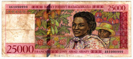 25000 FRANCS  BANQUE  DE MADAGASCAR - Série A -  Dans L état  - 1998-2000 - Madagascar