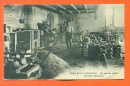 """Dpt  52  Prez Sous Lafauche """"  Un Coin Des Ateliers - Saboterie Mecanique  """"  Rare - Autres Communes"""