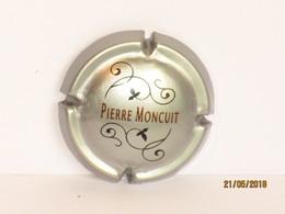 Capsules Ou Plaques De Muselet CHAMPAGNE PIERRE MONCUIT - Collections