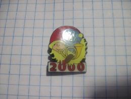 Finland. Santa Claus. 2000. Millenium.  Polar Circle. - Badges