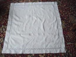 2 Taies Oreillers Lin Monogramme VM Entourage De Dentelle Linge Ancien - Bed Sheets