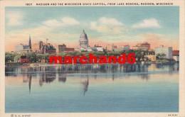 Etats Unis Wisconsin Madison And The Wisconsin State Capitol From Lake Monona - Madison