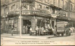 92 - LEVALLOIS PERRET -  Le Grand Bazar -  Animée, Voiture Hippomobile De Livraison - Cliché Peu Courant - Levallois Perret