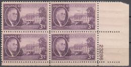 United States    Scott No  932      Mnh   Year  1945    Plate Number Block - Verenigde Staten