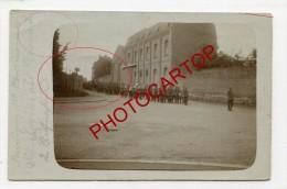DOUAI-!??-Enterrement-Carte Photo Allemande-Guerre14-18-1WK-Frankreich-France-59-Cachet Bahnpost- - Douai