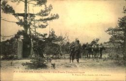 AU CAMP DE CHALONS UN POSTE TELEPHONIQUE - Manovre