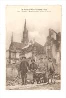 CPA : 68 - Thann : Dans Les Ruines Pendant La Guerre - 4 Hommes Dans Les Ruines Derrière Une Moto - Guerre 1914-18